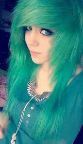 green scene hairstyle for s