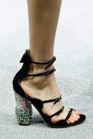 Босоножки каблук
