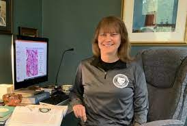 Dr. Judith Maloney honored with Teaching Excellence Award | Marquette Today
