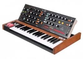 Аналоговый <b>синтезатор Behringer</b> Poly <b>D</b> купить в Санкт ...