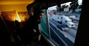 Freeway pollution travels farther than we thought. Here's how to ...