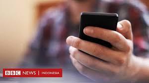 Banyak anak membawa telepon genggam ke sekolah mereka. Apakah Kantor Bisa Menghentikan Kebiasaan Karyawan Curi Curi Online Saat Bekerja Bbc News Indonesia