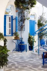 Greece The Greeks believe in uniformity when it comes to their homes. Their  color charts