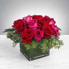 florist in los angeles flower delivery this rose bination is flirty yet romantic