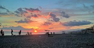 Пляж «<b>Огонек</b>», Адлер. Гостиницы, фото, видео, отзывы 2020 ...