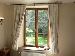 Best 25 Bay Windows Ideas On Pinterest  Bay Window Seats Bow Window Estimated Cost