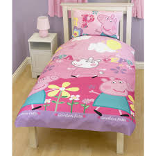 Pig Bedroom Decor Top Reasons Why Your Kids Will Love A Peppa Pig Bed Canopy