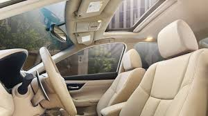 2017 nissan altima with beige leather seating trim