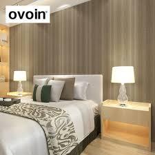 Schlafzimmer Braune Wand Ideen Hellbeige Boden Und Tapete Aiorcecom