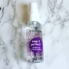 a make up fixing spray has bee essential to beauty routines it s not another beauty fad but a must have i was excited when i spotted the essence keep