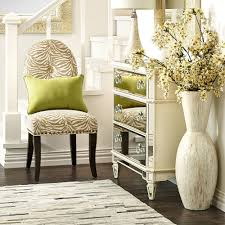 Living Room:Tall Cream Floor Vases Big Flower Vase Design Flower Vase Stand  Online Tall