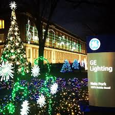 ge lighting welcomed december with the 88th annual holiday lighting at gelighting headquarters nela