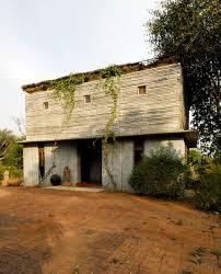 Bapagrama Stone House: mixing local and modern values