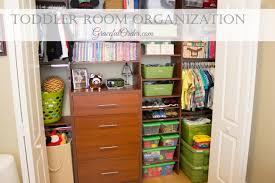 toddler room organization
