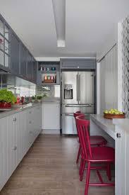 Best 25+ Cadeira vermelha ideas on Pinterest | Vermelho e preto ...