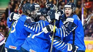 Картинки по запросу Сборная России по хоккею стала третьей на молодежном Чемпионате мира в Канаде