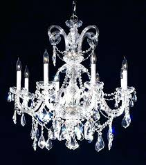who sings crystal chandelier