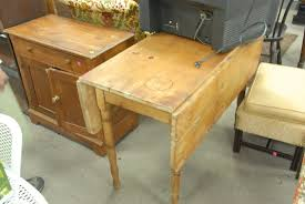 antiques atlas pine drop leaf table for lovely auction catalog nadeaus auction gallery