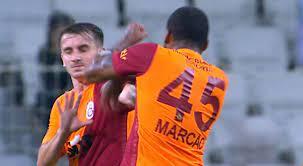 Eklat bei Galatasaray-Ligaauftakt: Marcao schlägt Mitspieler und sieht Rot