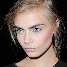 cara delevingne eyebrows makeup application