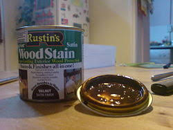 a tin of wood stain