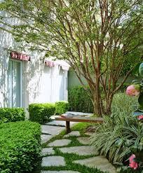 O período é apropriado para o plantio de grama e plantas ornamentais. Area Demarcada 6 Projetos Com Caminhos Definidos No Jardim Casa E Jardim Paisagismo