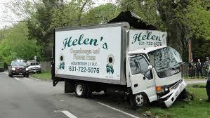 Delivery Truck Driver Dies After North Haven Crash Sag Harbor 27east