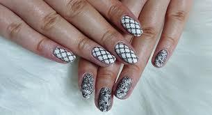 Nails From Czech černobílá Elegance