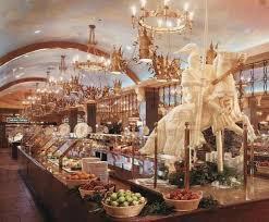 image of round table buffet las vegas