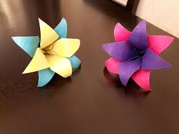 How To Create A Flower With Paper How To Make A Paper Flower Zlatan Fontanacountryinn Com
