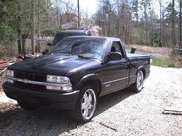 jquarles28 2002 Chevrolet S10 Regular CabShort Bed Specs, Photos ...