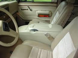 center console jeep wagoneer