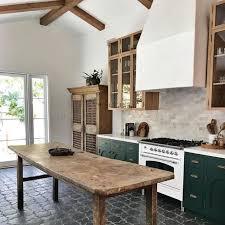 Design Trend: Black Tile KitchensBECKI OWENS