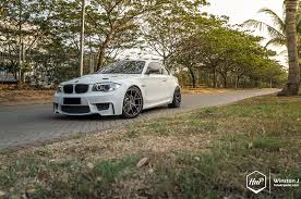 bmw e82 135i looks mighty on pur wheels