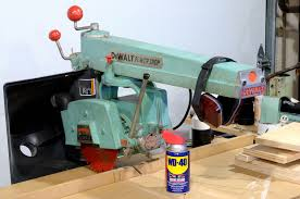 dewalt 925 radial arm saw. this is a radial arm saw with all the parts assembled. wd40 can for scale in images. dewalt 925 m