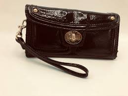 coach turnlock black patent leather wallet