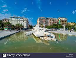 Pescara (Italia) - Il moderno centro storico della città di mare nella  regione Abruzzo, durante un estate la domenica mattina Foto stock - Alamy