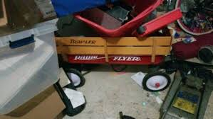 Radio Flyer Traveler Wagon With Wooden Sides