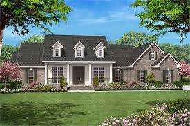 142 1005 4 bedroom 2500 sq ft country house plan 142 1005 front