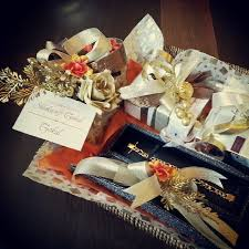 customizing creativity reviews wedding packaging gifts wedding and invitations