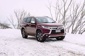 2018 mitsubishi shogun sport. interesting 2018 mitsubishi pajero sport 2018 front three quarter throughout mitsubishi shogun sport r