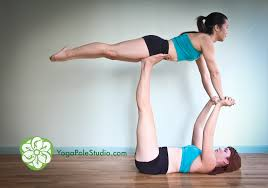 learn acrobatic yoga in brooklyn heights dec 14th saay