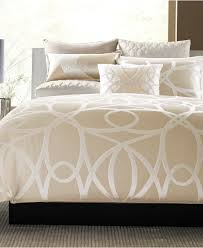 hotel collection comforter color combine