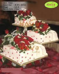 Three Tops Three Tiered Love Themed Wedding Cake Pesan Wedding