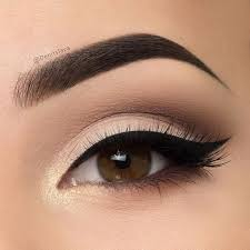 take a look at the best wedding makeup for brown eyes in the photos below and get ideas for your wedding wedding makeup ideas for brides brida