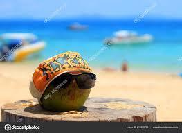 Urlaub Lustige Kokos Einem Tropischen Sandstrand Konzept Hintergrund