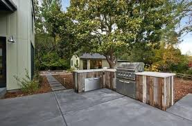 build outdoor kitchen build the frame diy outdoor kitchen frames build outdoor kitchen build an outdoor kitchen with metal studs wood