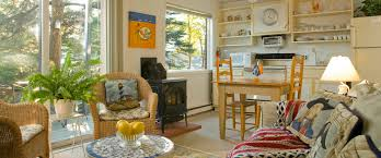 Pier One Living Room Bar Harbor Maine Rentals 1 Mile To Acadia National Park