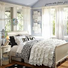 Black And White Teen Bedroom Ideas 3