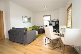 2 Bedroom Flat To Rent   Seckloe House